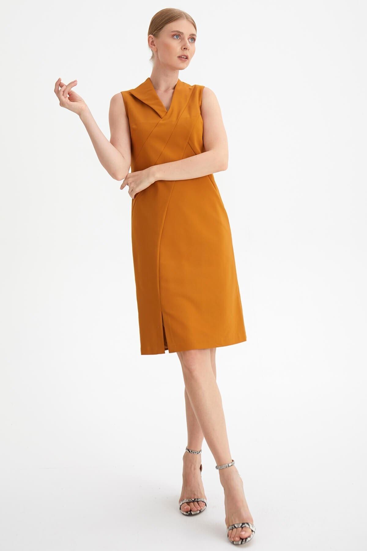 Chima Yaka Detaylı Elbise 1