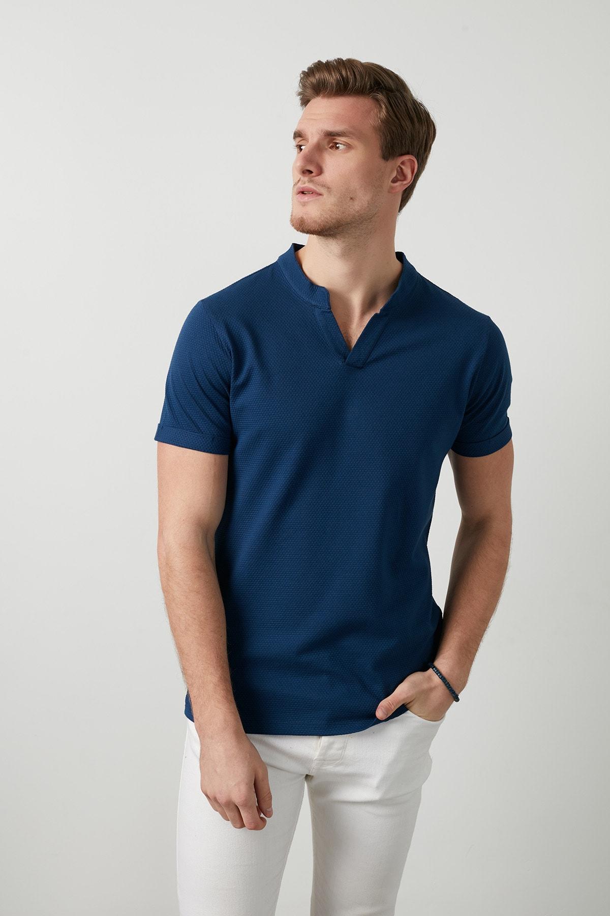 Buratti Erkek LACİVERT V Yaka Rahat Kesim Basic T Shirt CF20S214365