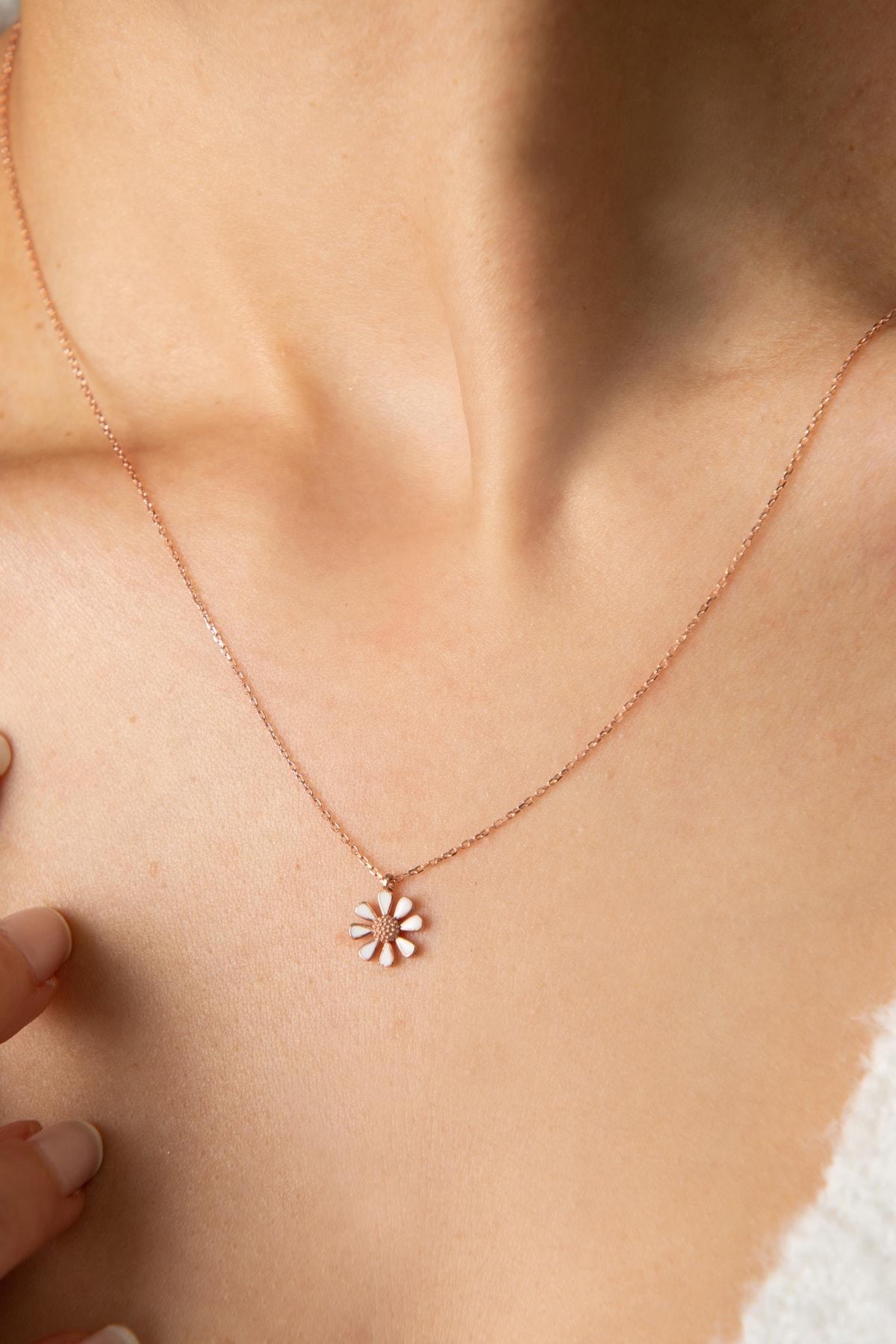 Elika Silver Kadın Rose Kaplama Mineli Papatya Model 925 Ayar Gümüş Kolye 2