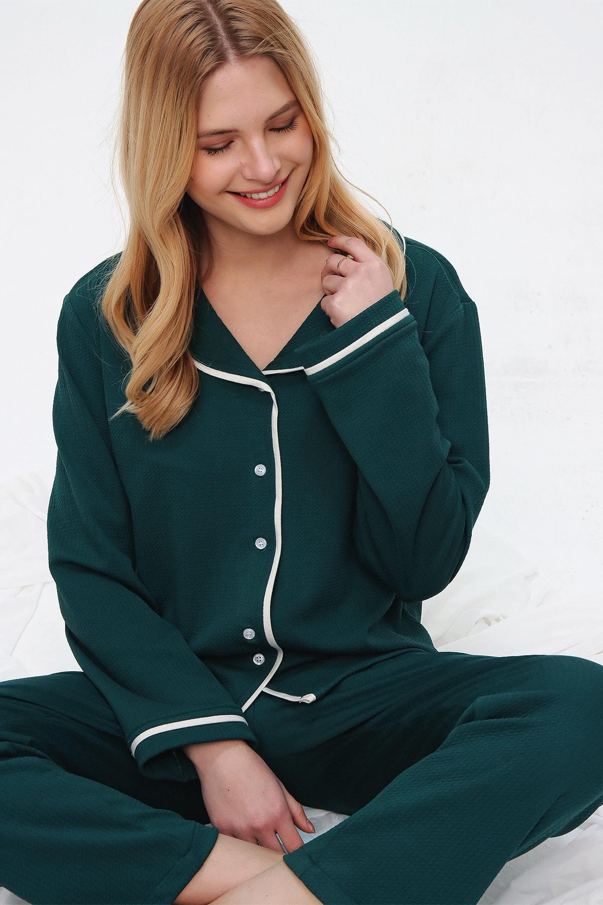 Trend Alaçatı Stili Kadın Ceviz Yeşili Desenli Gömlek Yaka Pijama Takım ALC-X5532 2