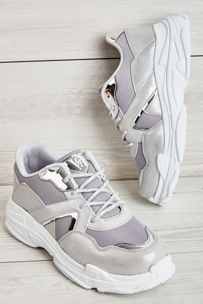 Bambi Gümüş Kadın Sneaker L0613669022