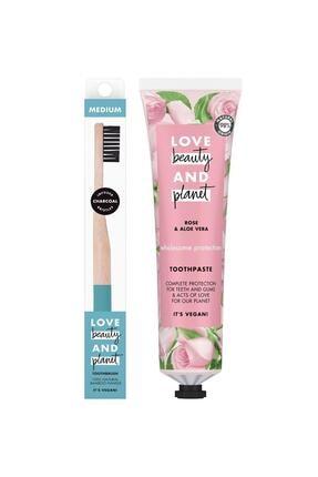 Love Beauty and Planet Gül Yağı & Aloe Vera Içeren Diş Macunu 75 ml & Yumuşak Fırça