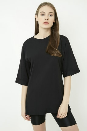 Vis a Vis Kadın Siyah Bisiklet Yaka Katlı Yarım Kol Oversize  T-Shirt STN878KTS121
