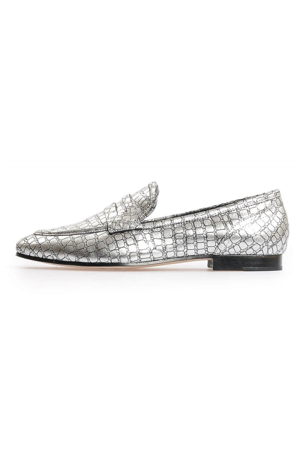 Flower Gümüş Kroko Deri Kadın Loafer Ayakkabı 1