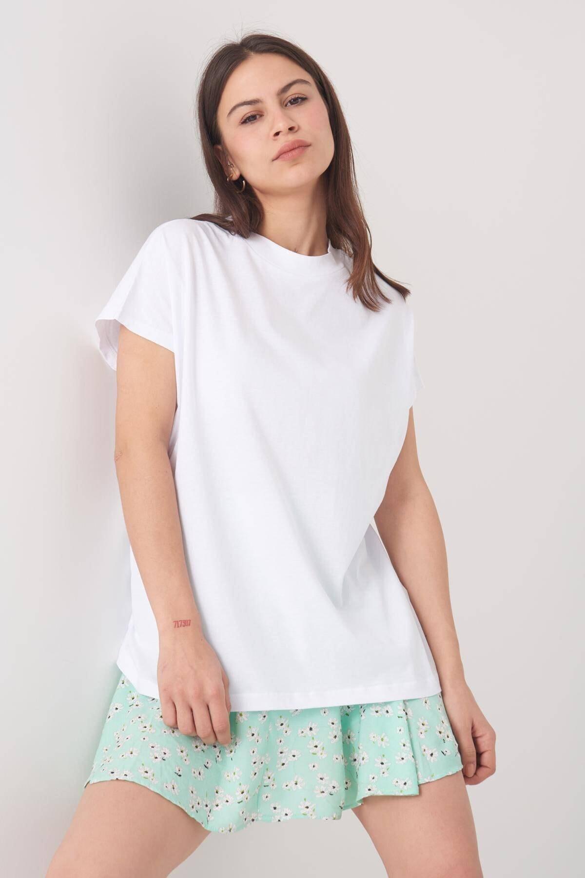 Addax Kadın Beyaz Basic Tişört P0769 - U13 ADX-0000020933 2