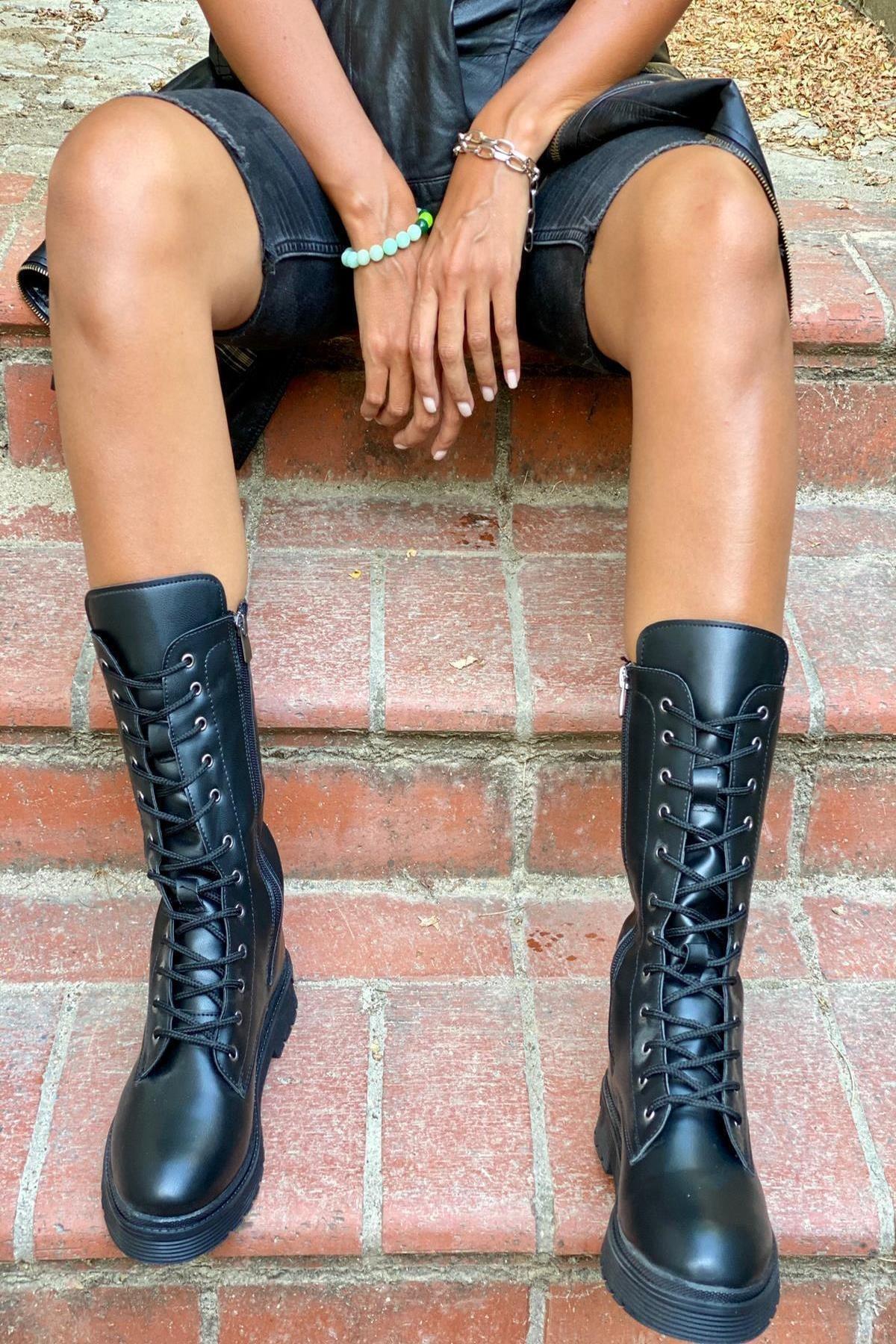 İnan Ayakkabı Bayan Kısa Çizme 2