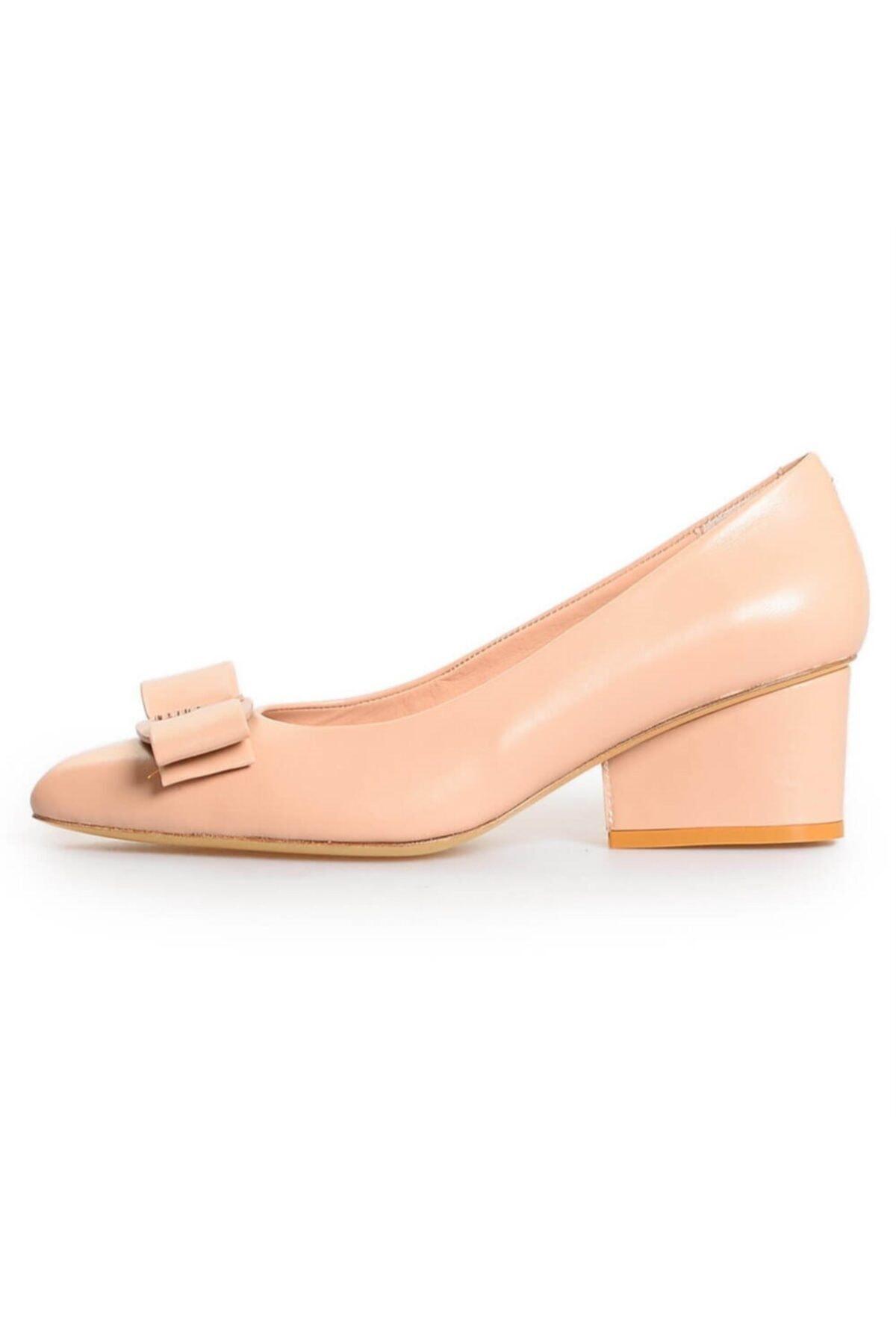 Flower Nude Deri Fiyonk Detaylı Topuklu Ayakkabı 1