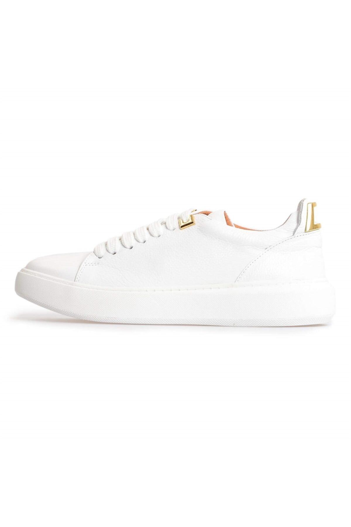 Flower Beyaz Deri Gold Toka Detaylı Sneakers 1