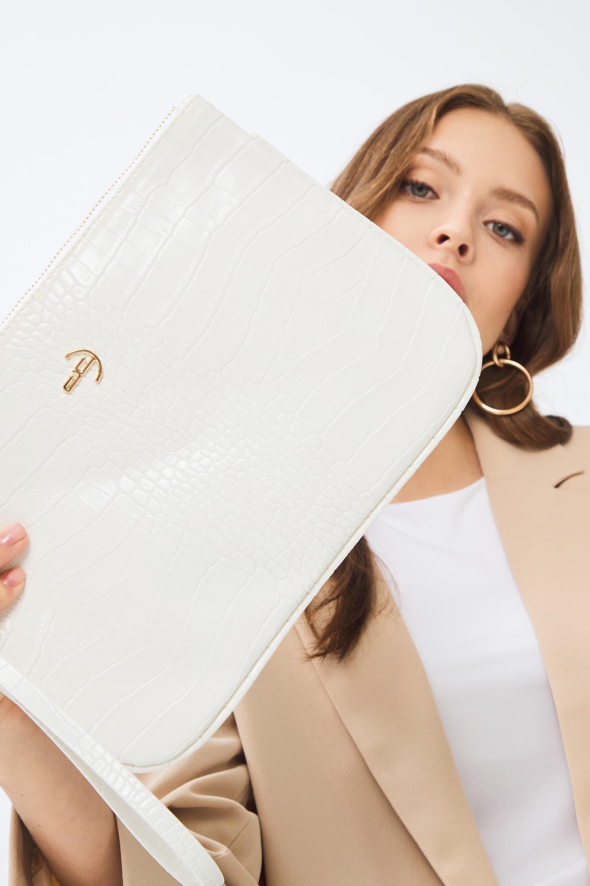 Deri Company Kadın Basic Clutch Çanta Kroko Timsah Desen Beyaz 214002 1