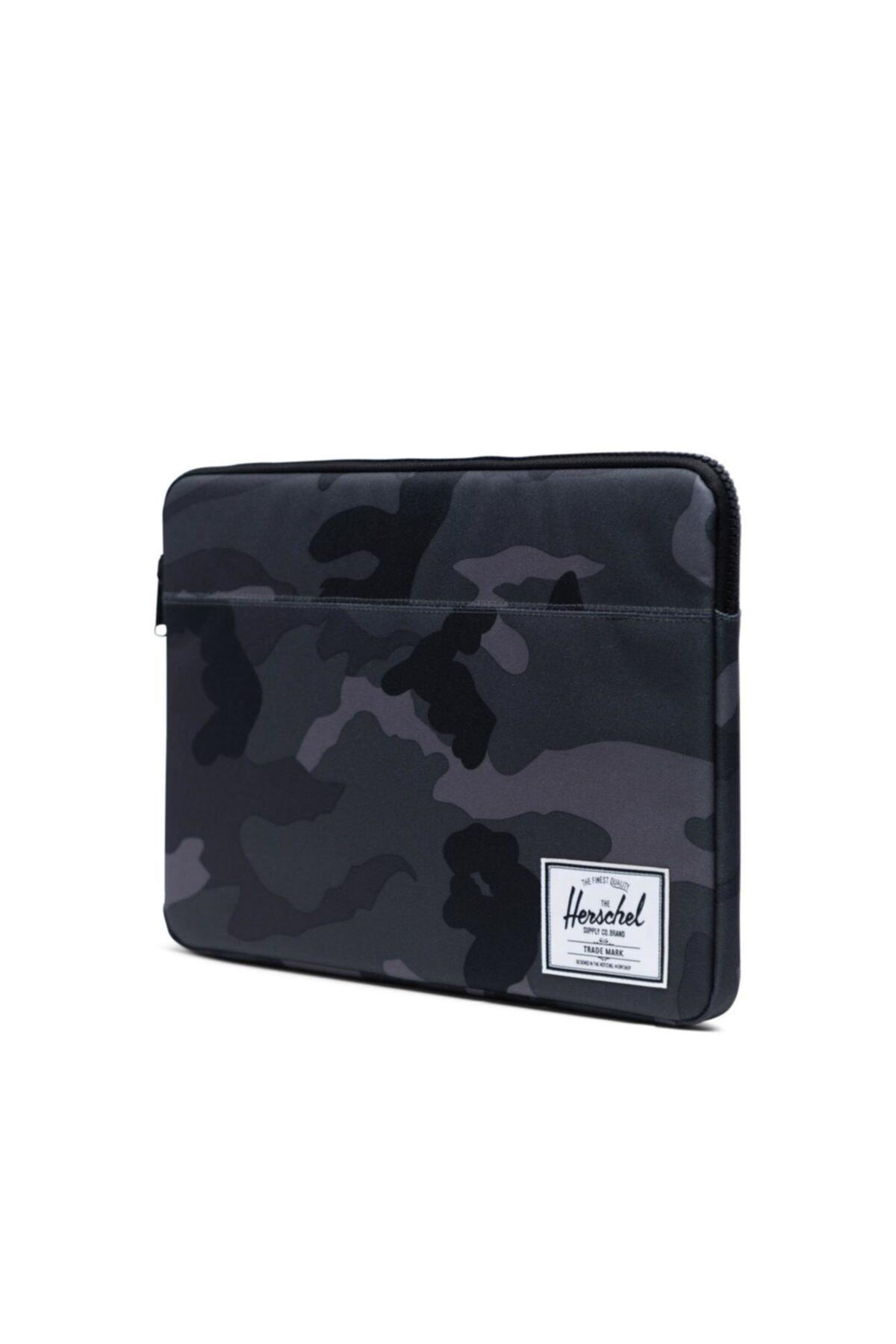 Herschel Supply Co. Herschel Supply Laptop Kılıfı Anchor Sleeve For 15 Inch Macbook Night Camo 2