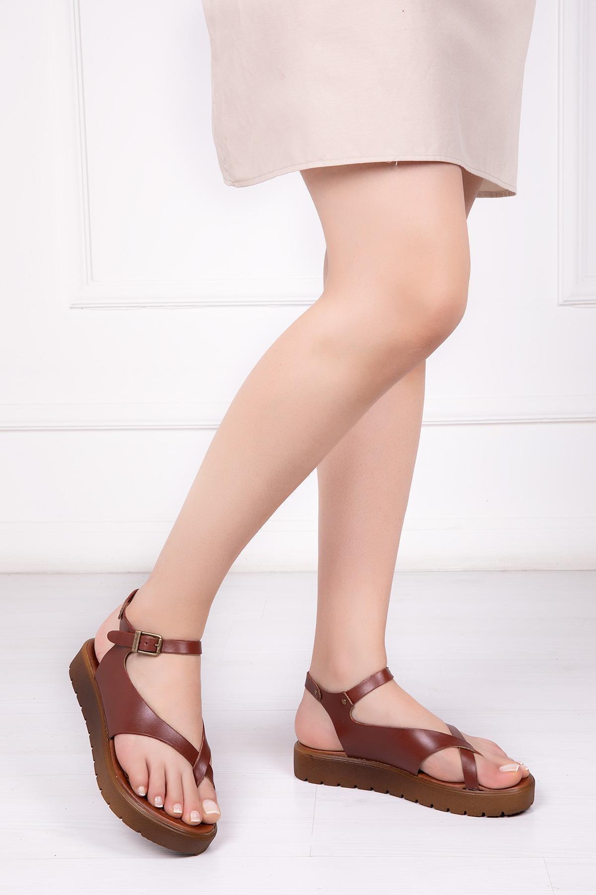 Deripabuc Hakiki Deri Kahverengi Kadın Deri Sandalet DP-1081 1