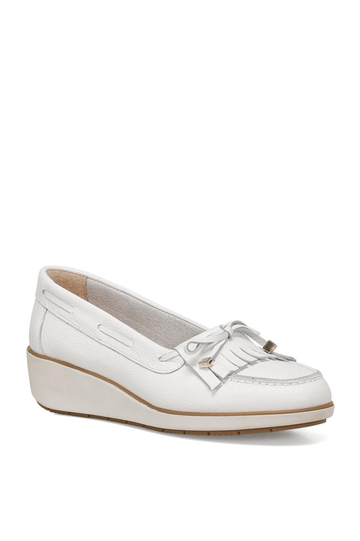 Nine West AGHA Beyaz Kadın Sandalet 100525897 2