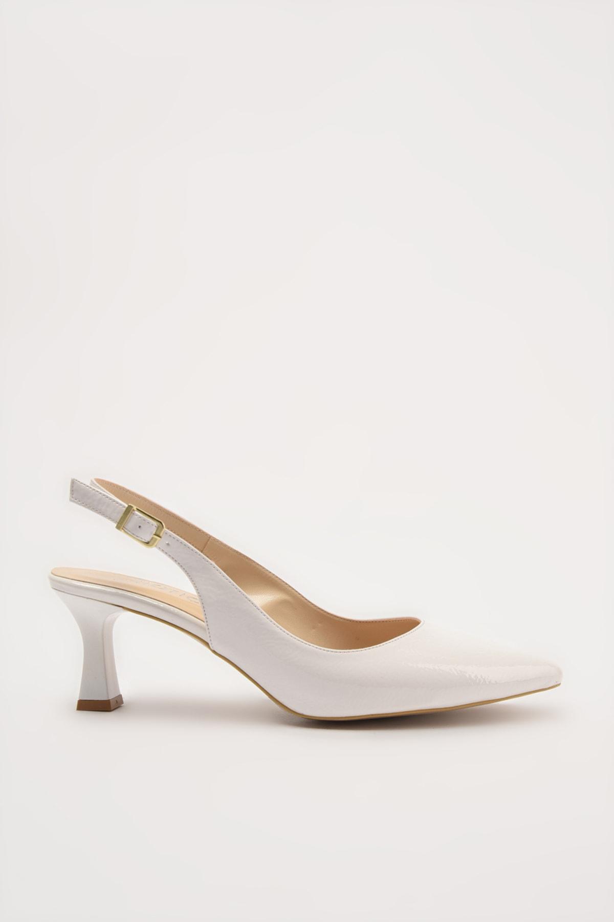 Hotiç Beyaz Kadın Klasik Topuklu Ayakkabı 01AYH214440A900 1