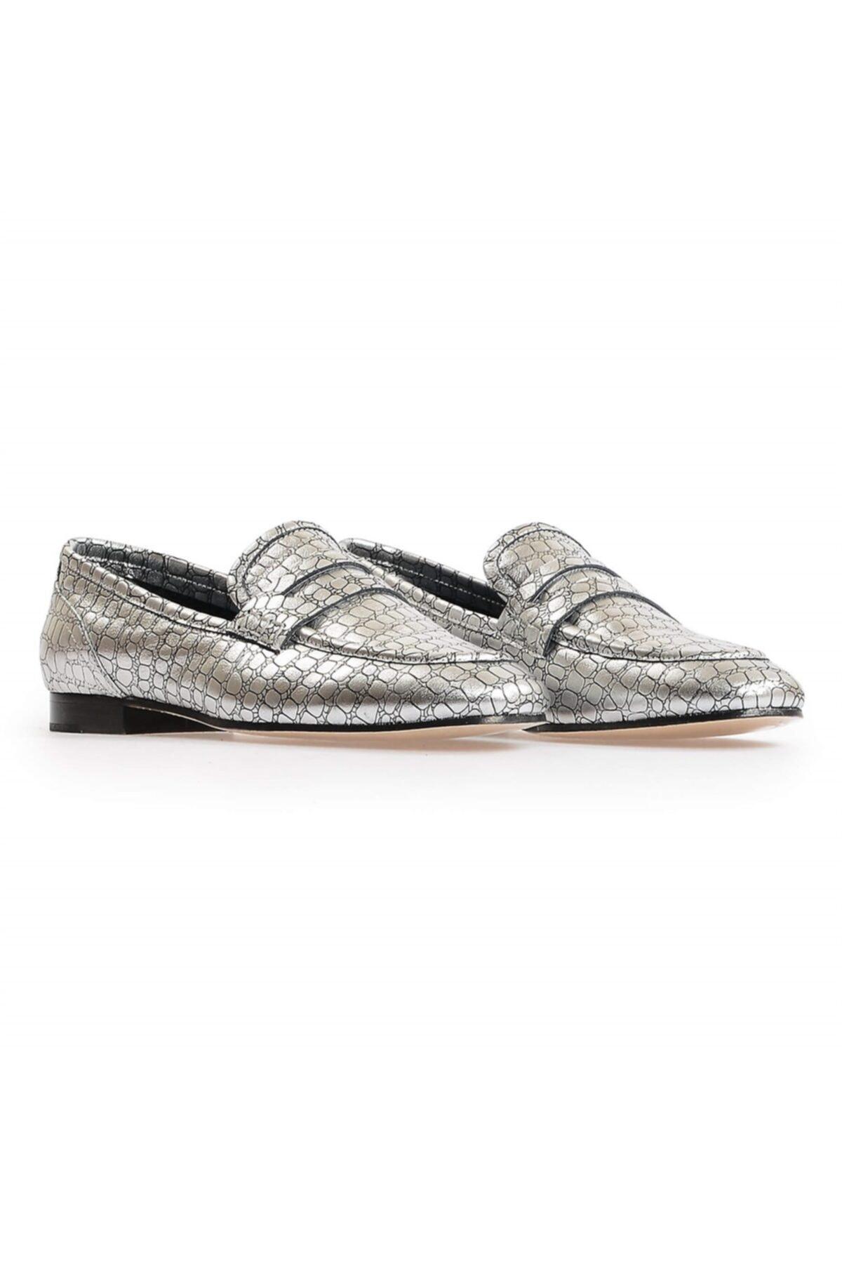 Flower Gümüş Kroko Deri Kadın Loafer Ayakkabı 2