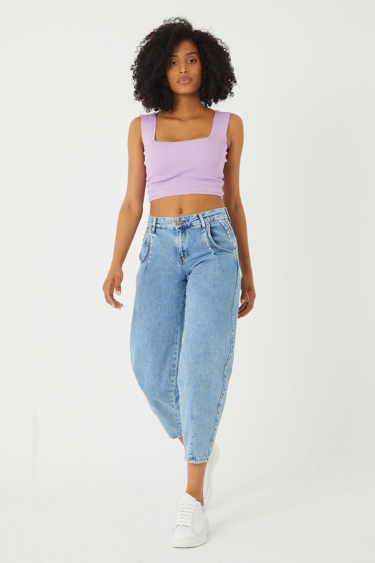A.M.N Denim Normal Bel Trok Detaylı Paça Lastikli Boy Friend Denim Pantolon 1