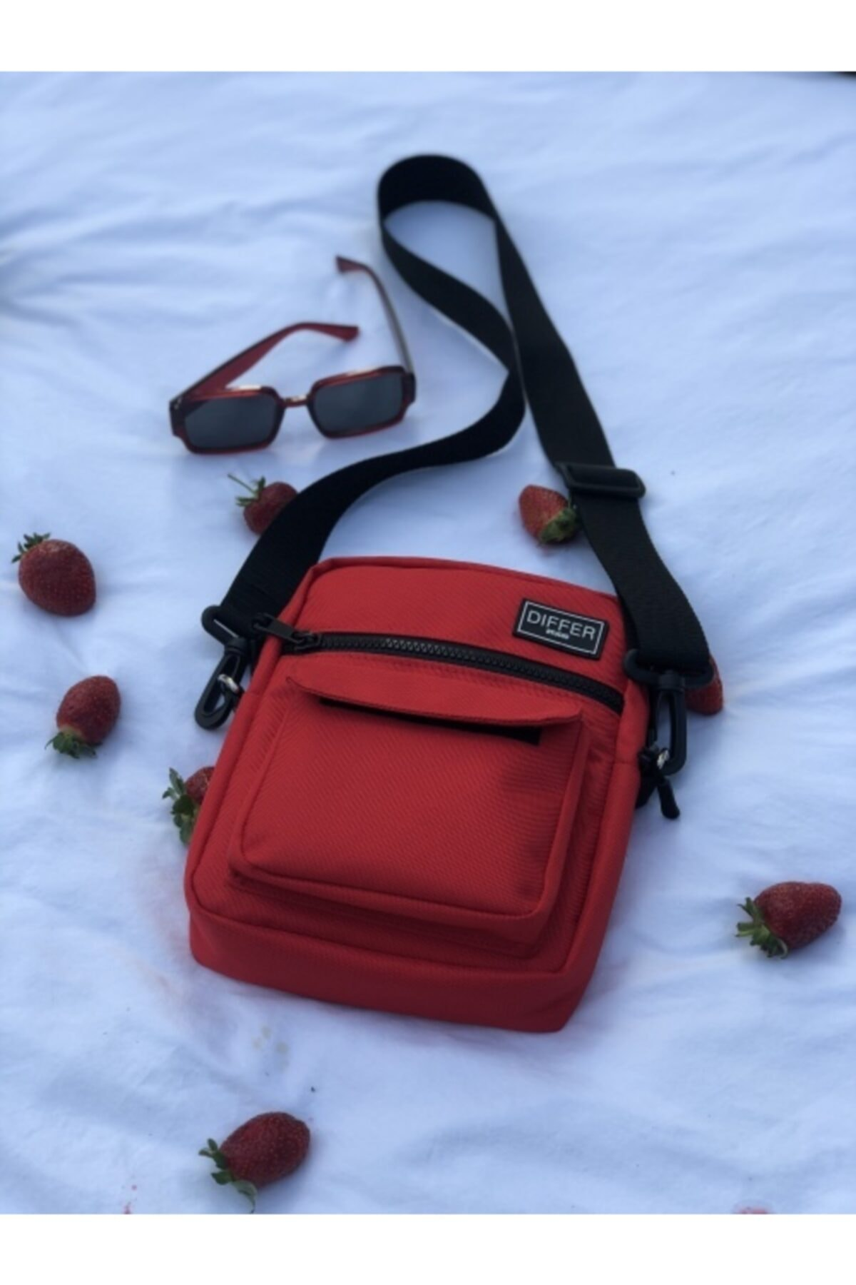 Differ Kırmızı Omuz Ve Çapraz Askılı Çanta Unisex 2