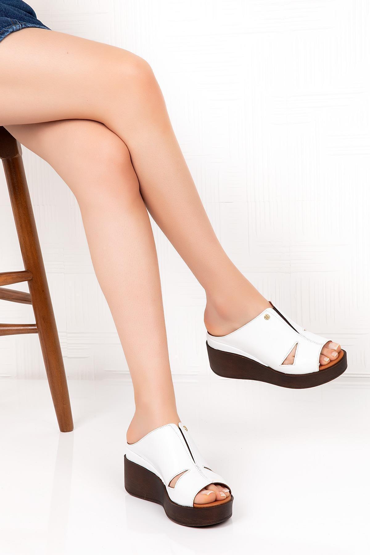 Bellacomfort Shoes Hakiki Deri Kadın Dolgu Topuk Terlik - Beyaz C1407b 1