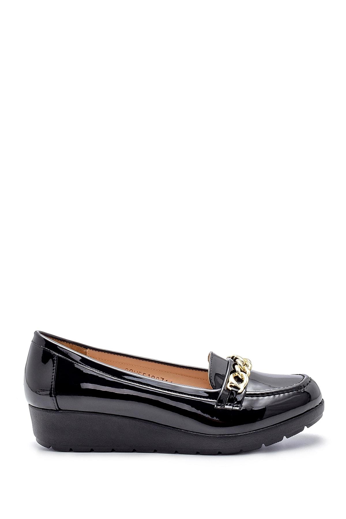 Derimod Kadın Rugan Ayakkabı 1