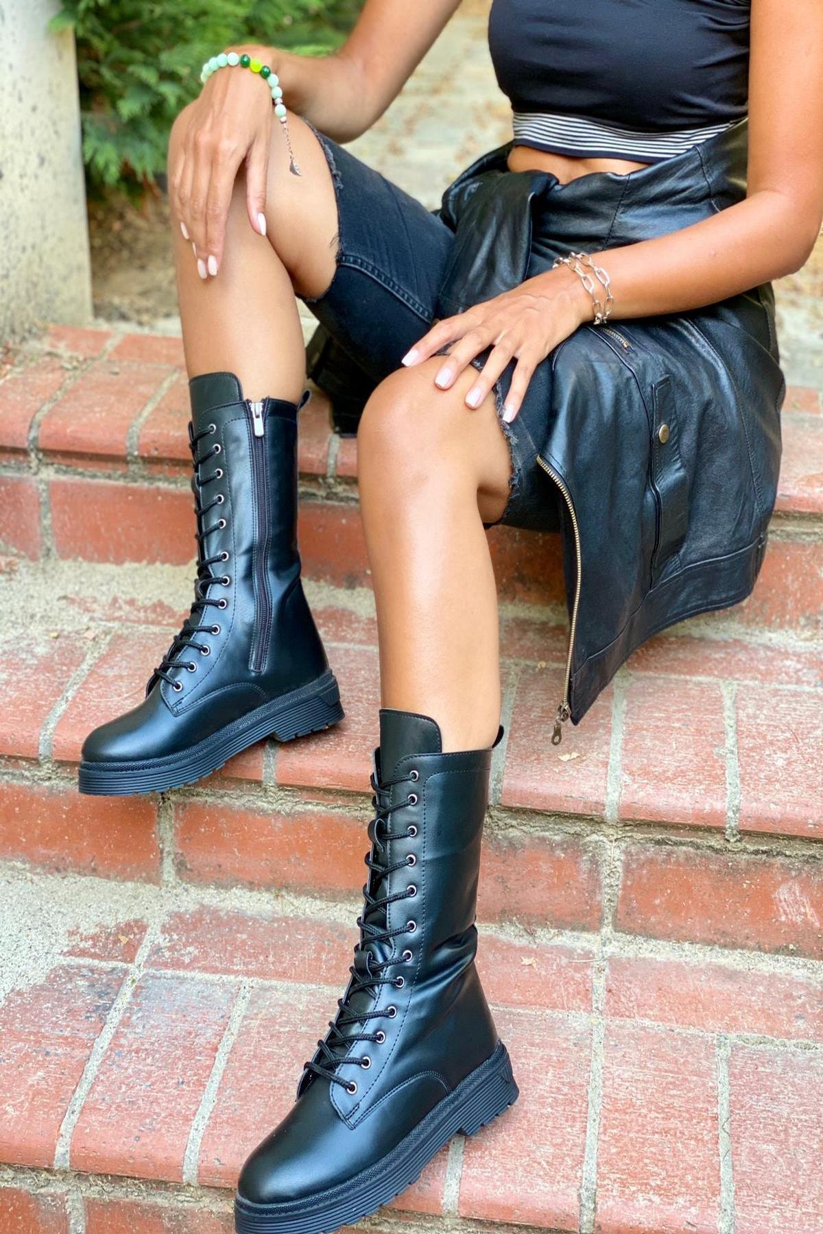 İnan Ayakkabı Bayan Kısa Çizme 1