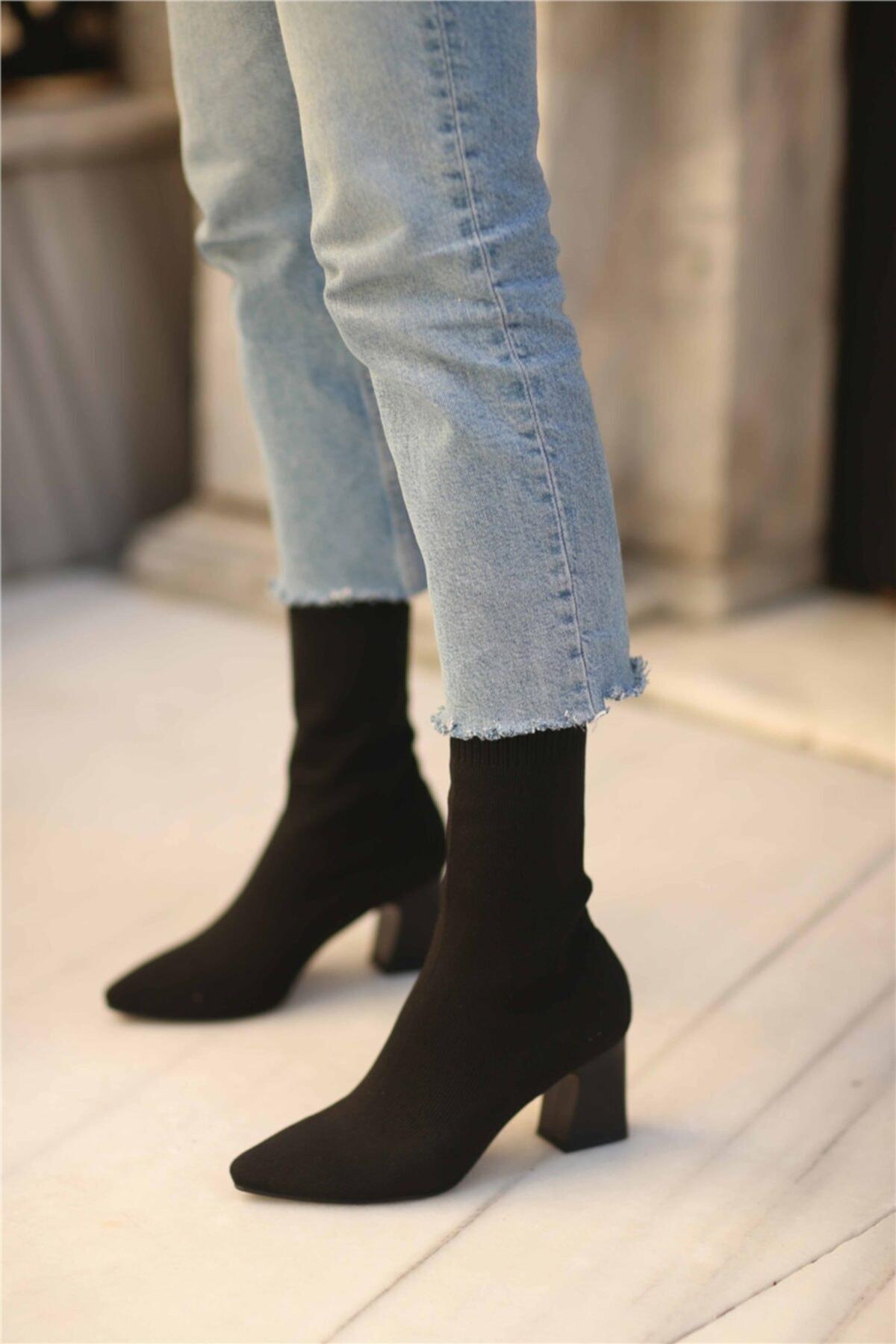 Cömert Ayakkabı Lesilla Kadın Streç Topuklu Bot Siyah 1