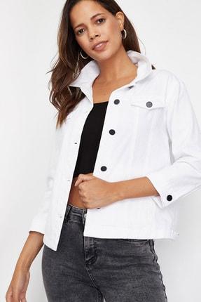 Lafaba Kadın Beyaz Ponponlu Ceket