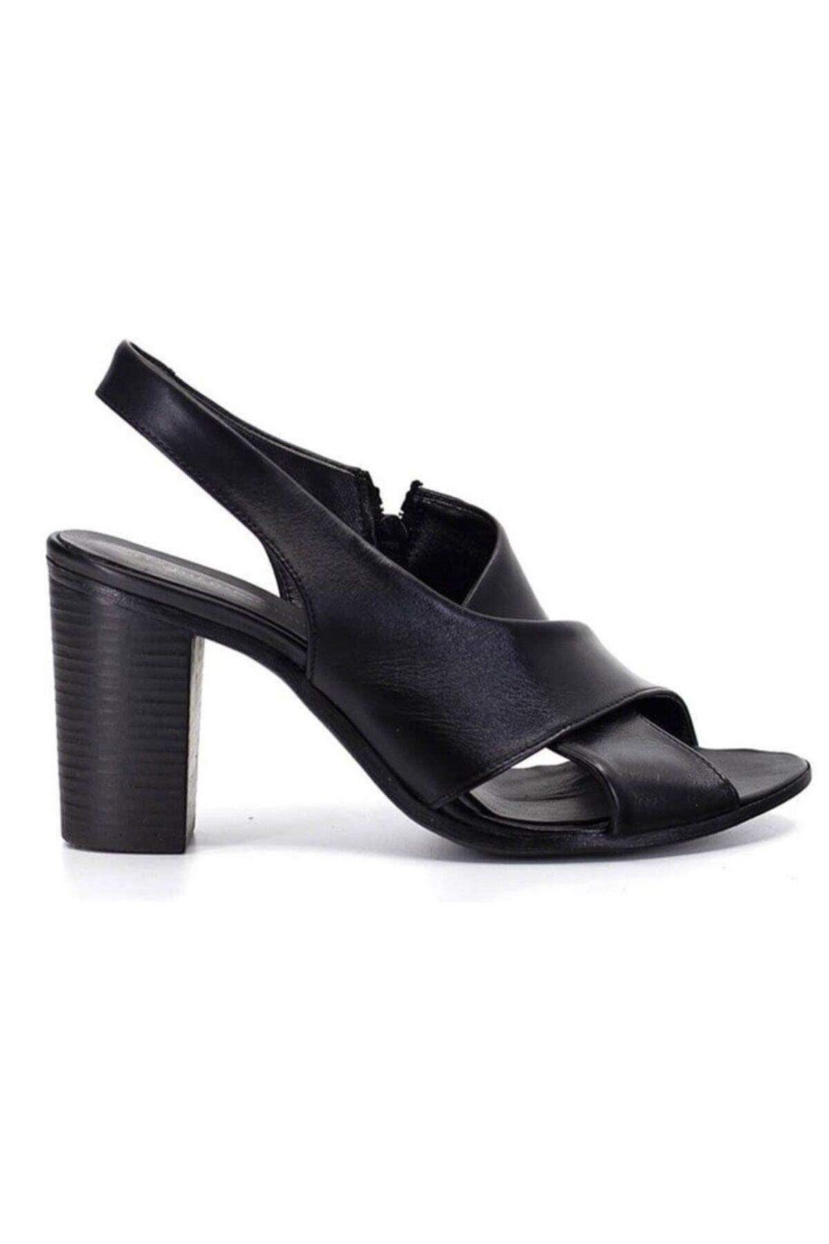 Mammamia 1050 Siyah Deri Trend Sandalet 1