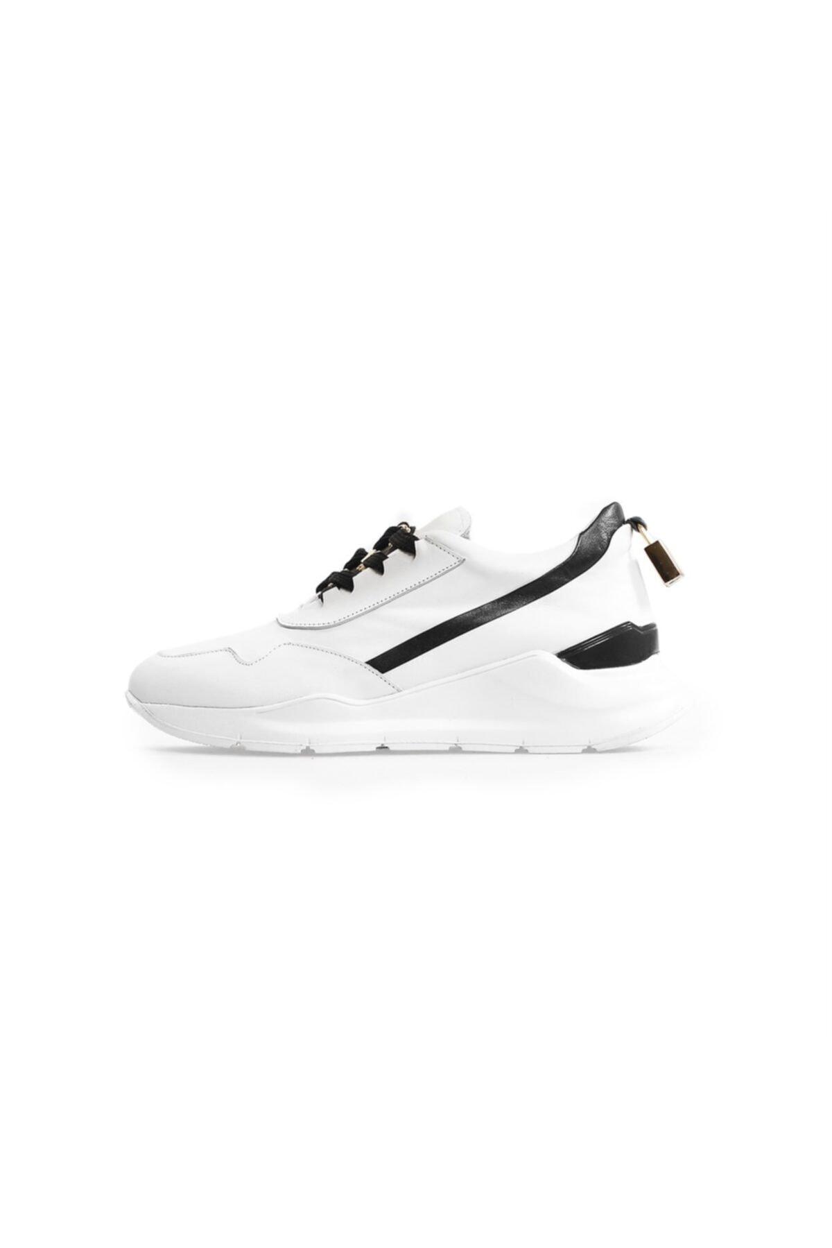 Flower Beyaz Deri Aksesuar Detaylı Spor Ayakkabı 1