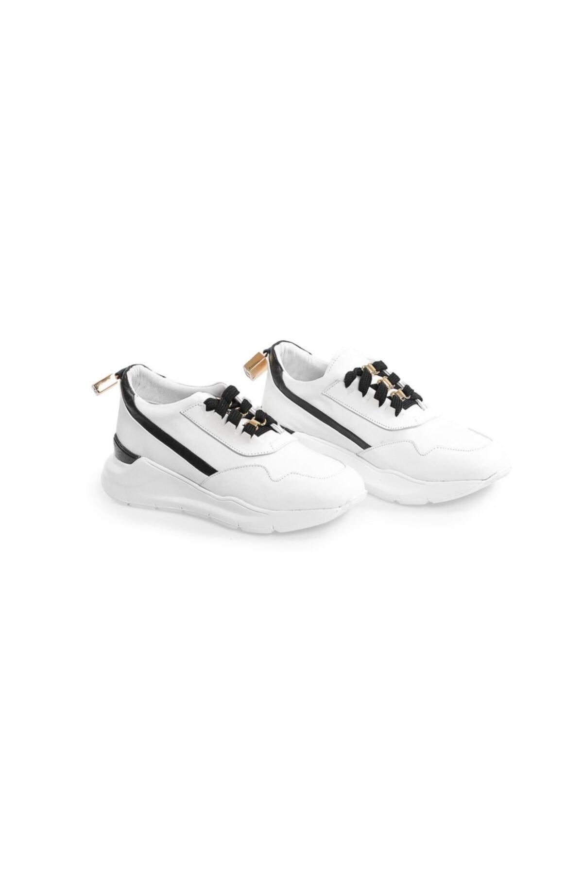 Flower Beyaz Deri Aksesuar Detaylı Spor Ayakkabı 2