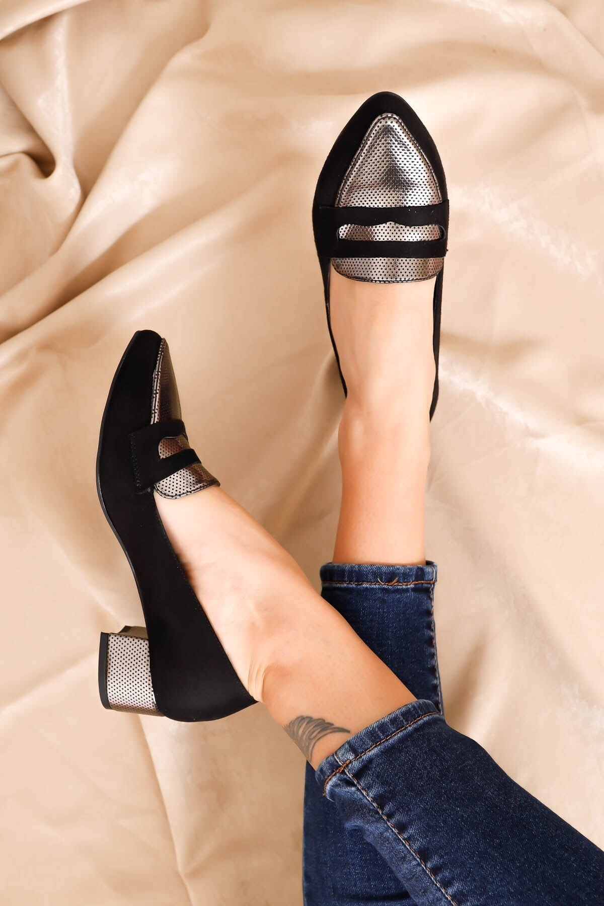 Hayalimdeki Ayakkabı Mia Topuklu Siyah Süet Platin Detay Ayakkabı 2