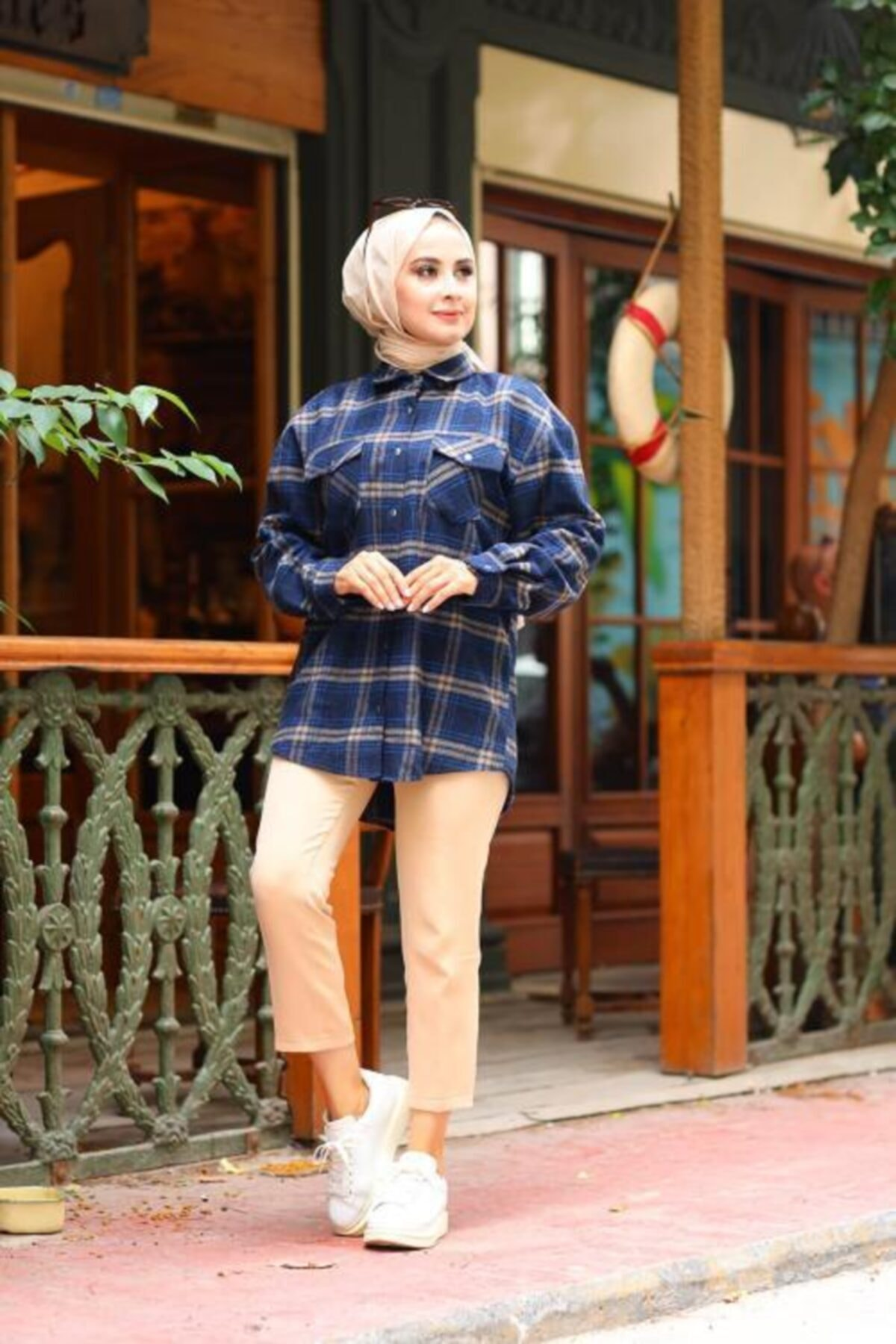 Moda Perla Kadın Lacivert Çıtçıtlı Ekose Gömlek 4002-17 1