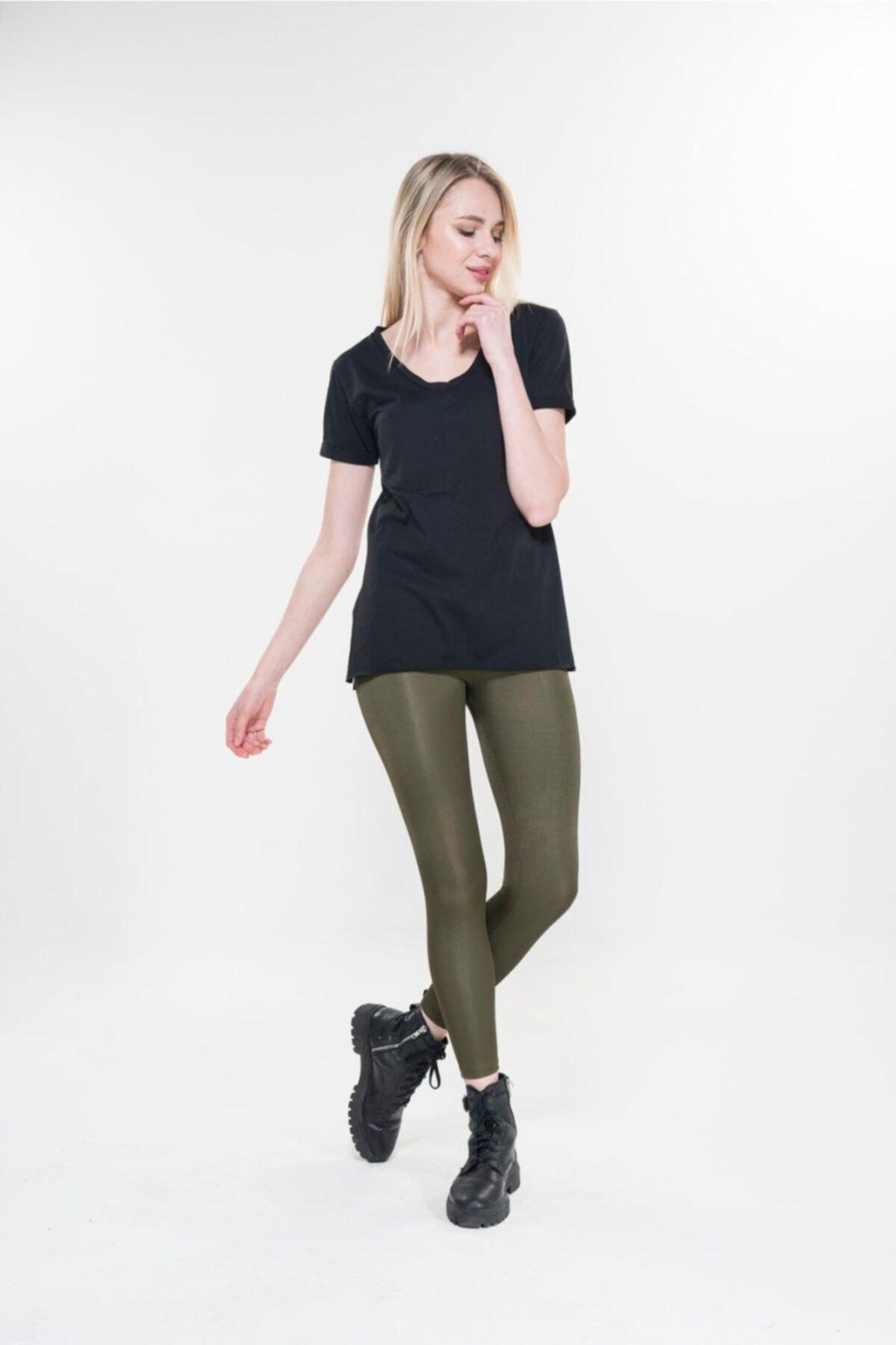 Boutique Calidad by Paris Kadın Yanları Yırtmaçlı V Yaka Tshirt 1