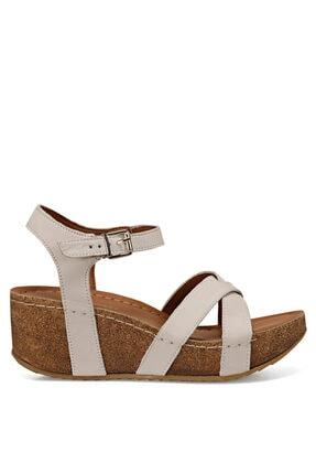 Nine West GOYARD Beyaz Kadın Dolgu Topuklu Sandalet 100526052