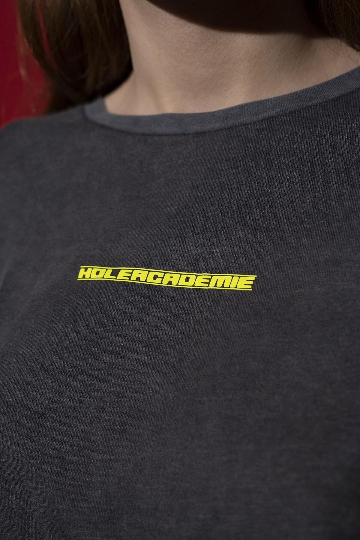 HOLEACADEMIE Crop Tshirt 2
