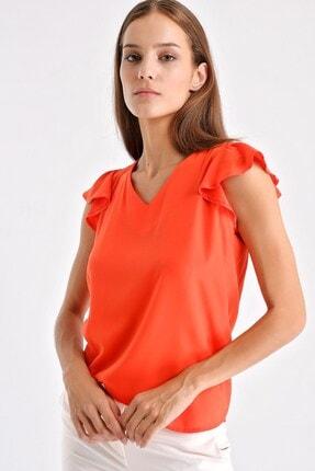 Jument Kadın V Yaka Kolları Volanlı Şık Ofis Bluz - Mercan