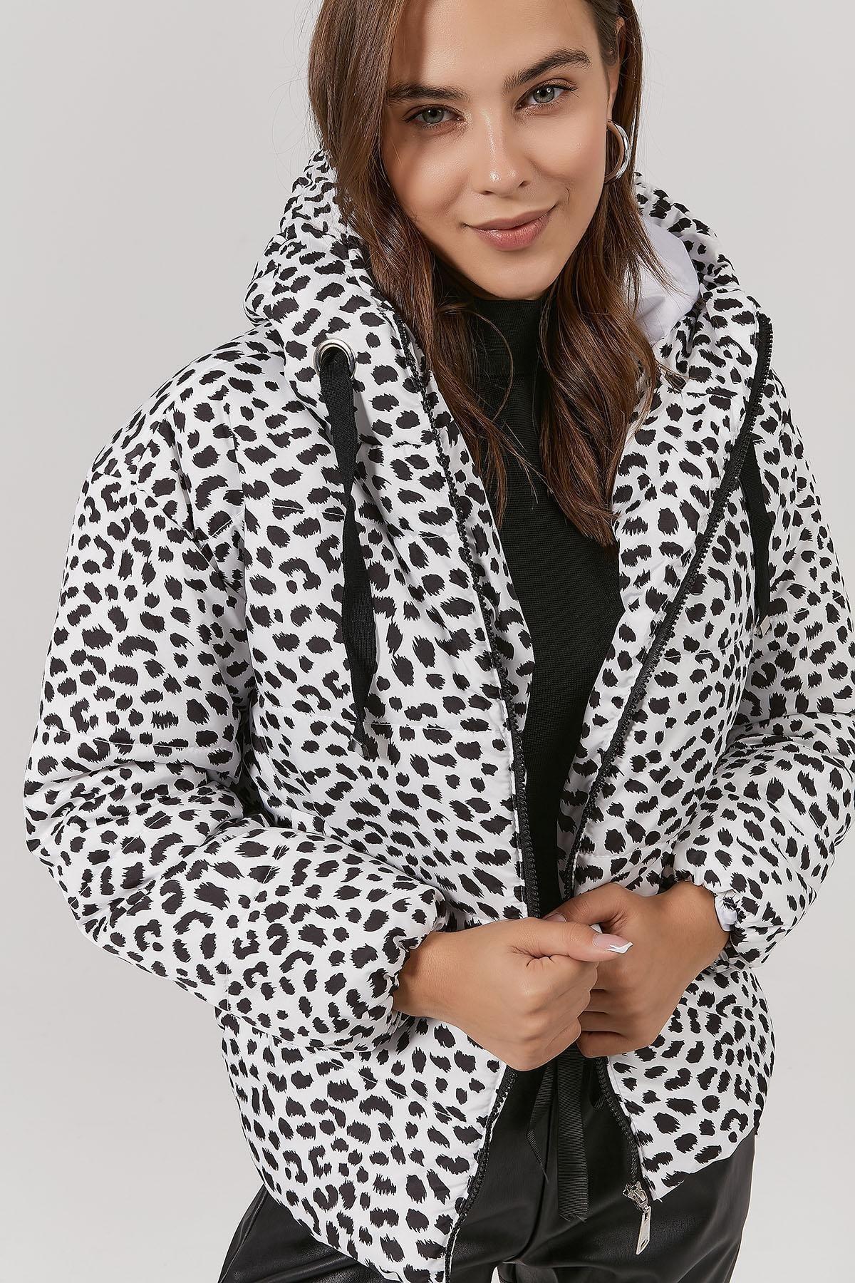 Y-London Kadın Desenli Kapşonlu Şişme Mont Y20w110-5215 1