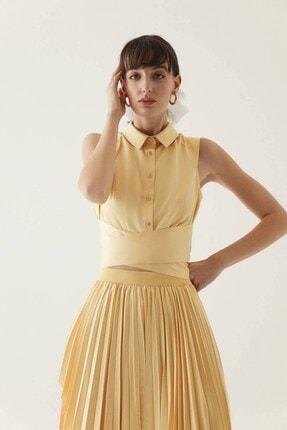 rue. Sarı Belden Bağlama Detaylı Kısa Gömlek