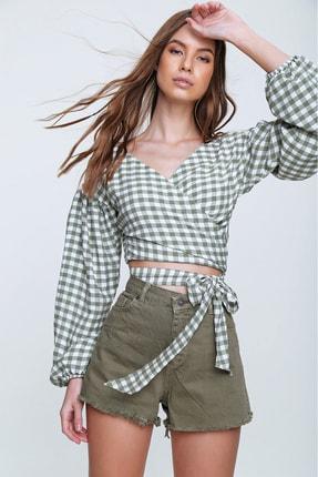 Trend Alaçatı Stili Kadın Çağla Yeşili Kruvaze Beli Bağlamalı Dokuma Bluz ALC-X6093