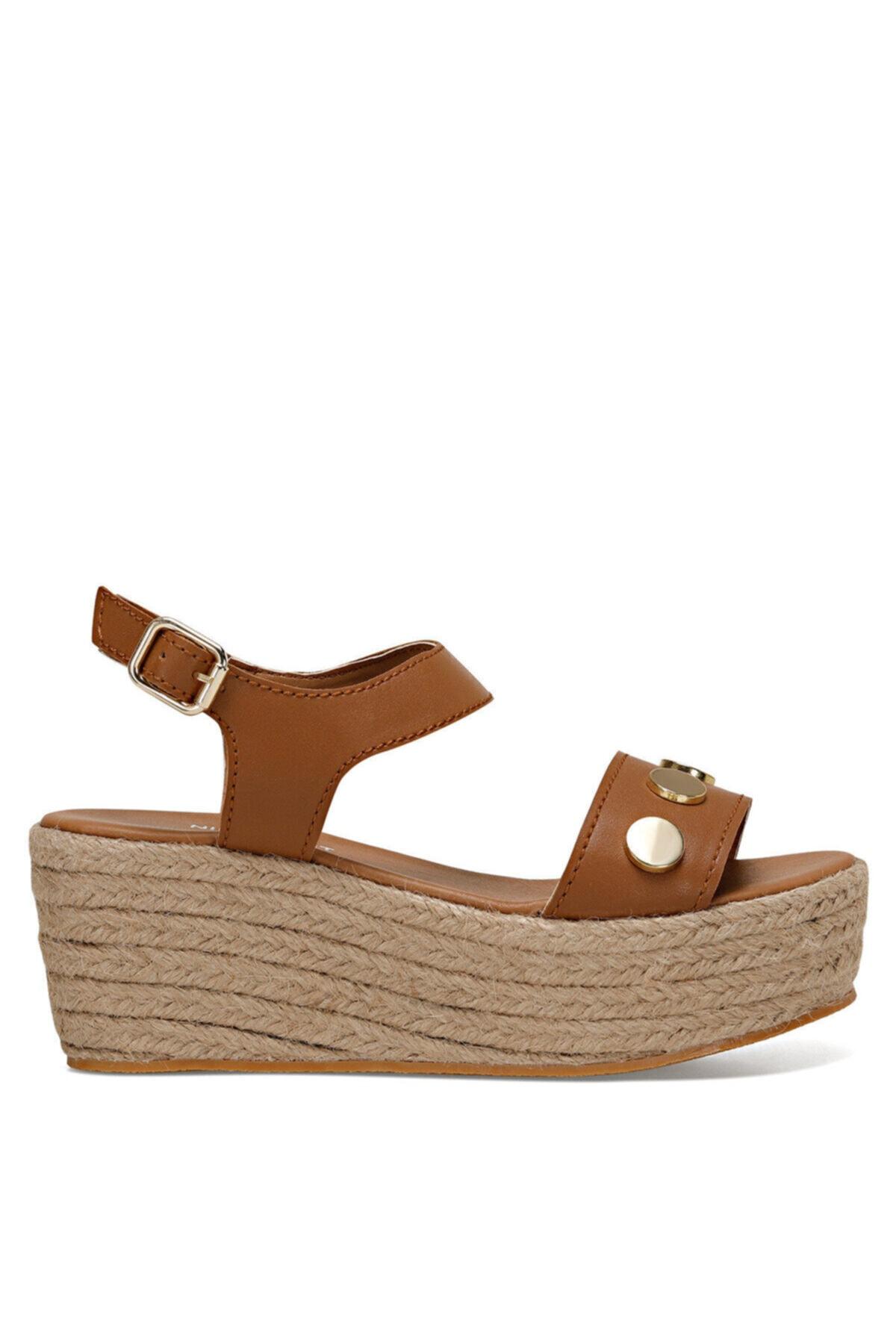 Nine West VALADON Taba Kadın Dolgu Topuklu Sandalet 100526221 1