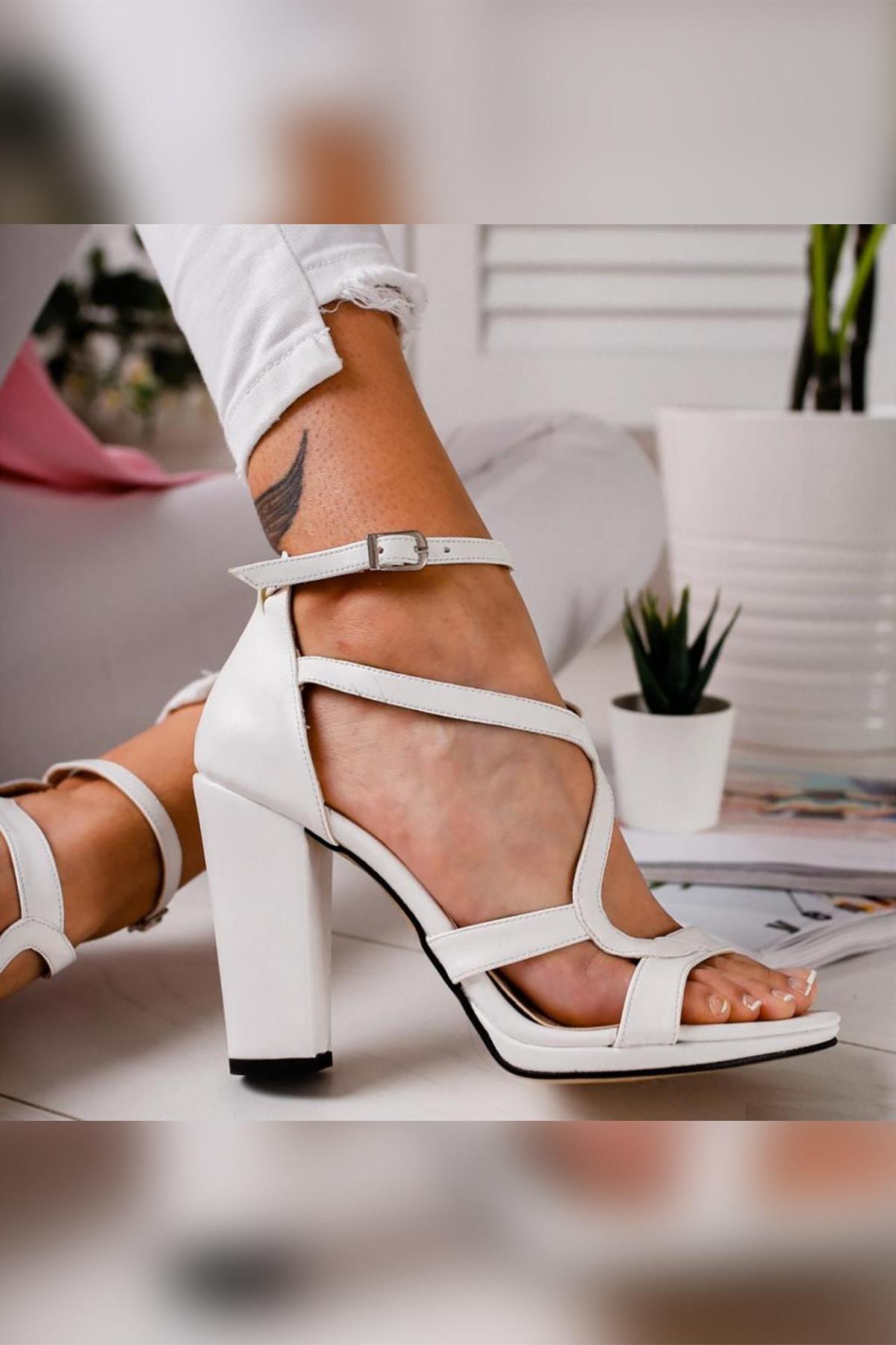 Limoya Kadın Beyaz Deri Platformlu Kalın Topuklu Ayakkabı 2