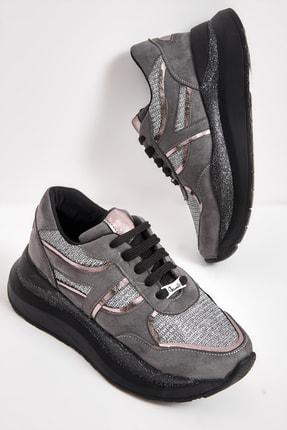 Bambi Gri Süet Kadın Sneaker M0721017065
