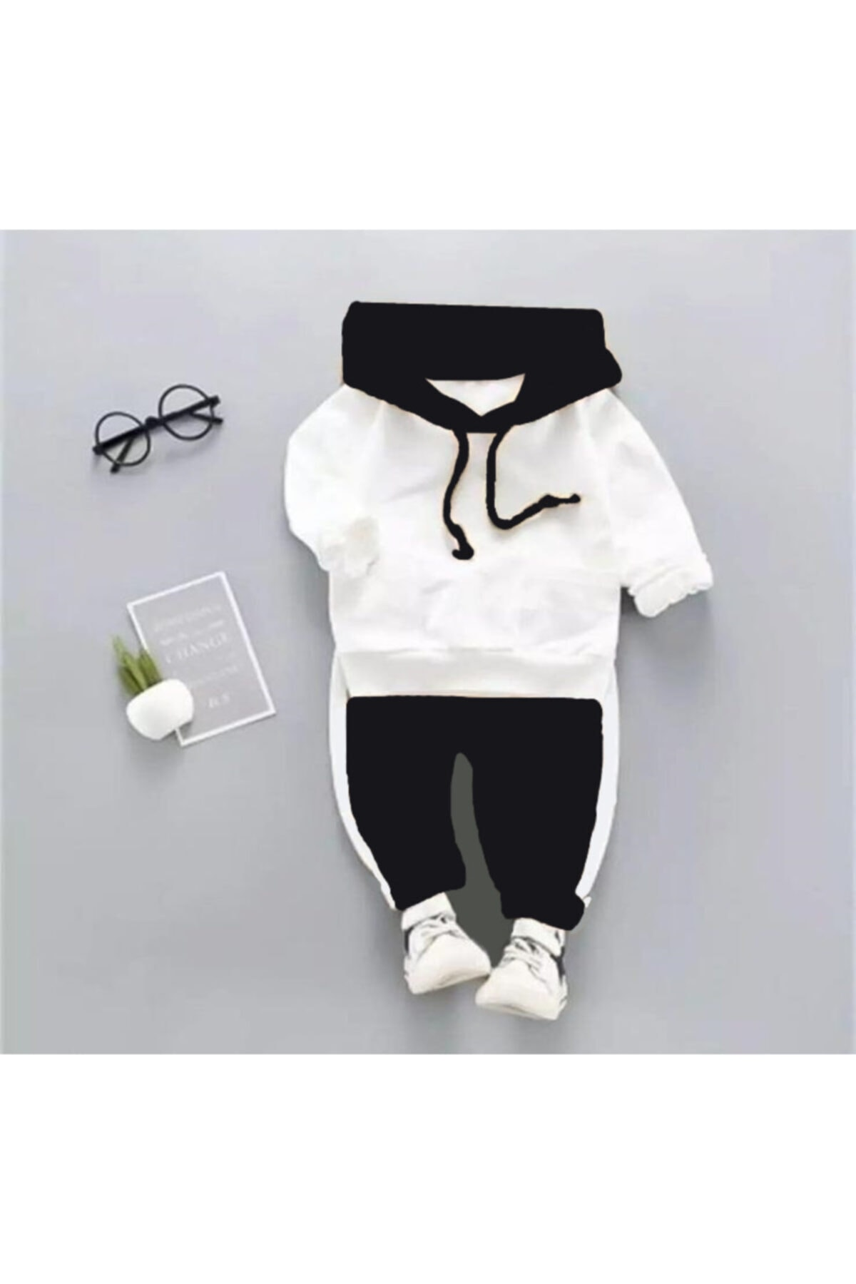 Beren Kids Kapşonlu Siyah Beyaz Bebek Alt Üst Takım 1
