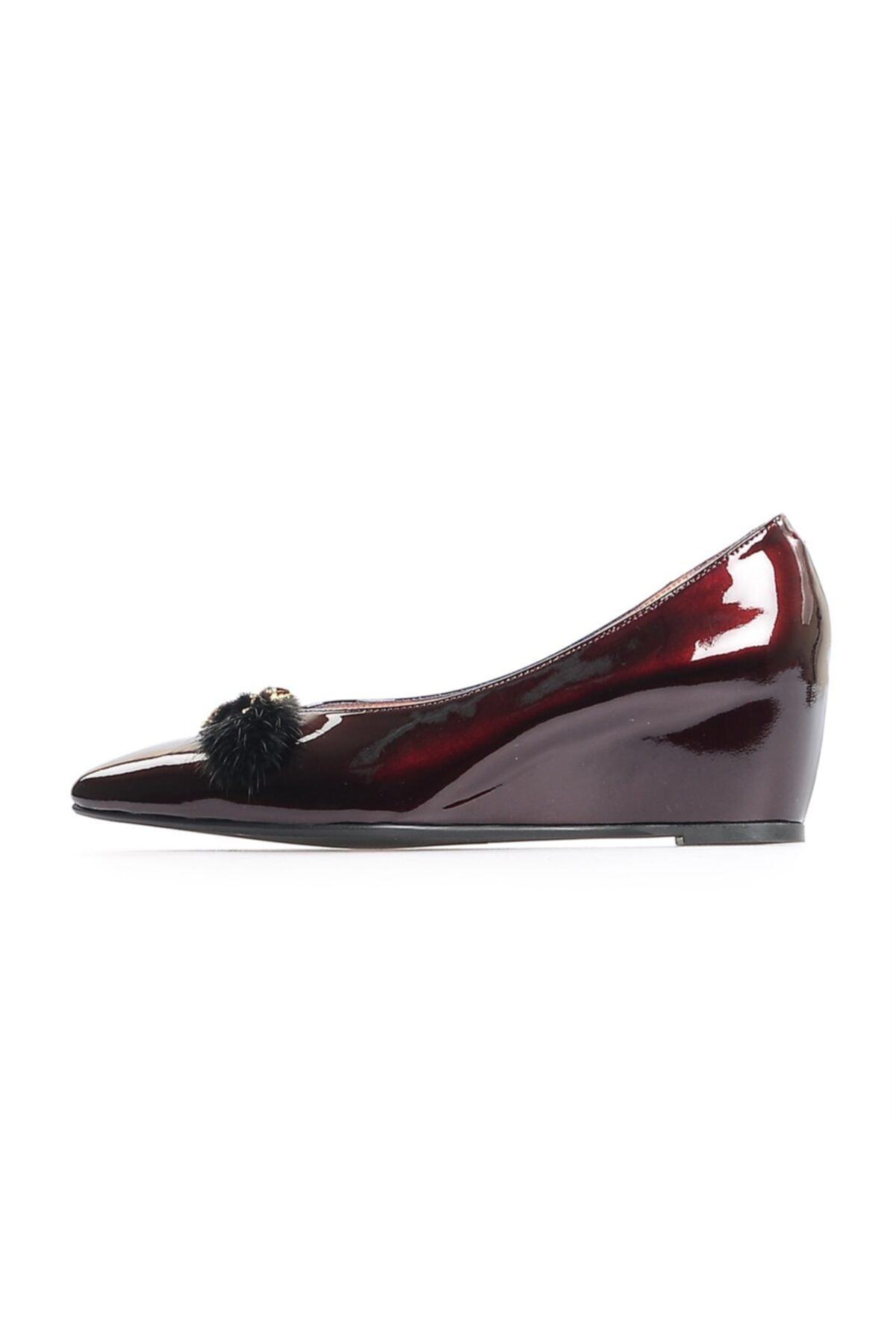 Flower Bordo Rugan Arı Aksesuarlı Günlük Ayakkabı 1