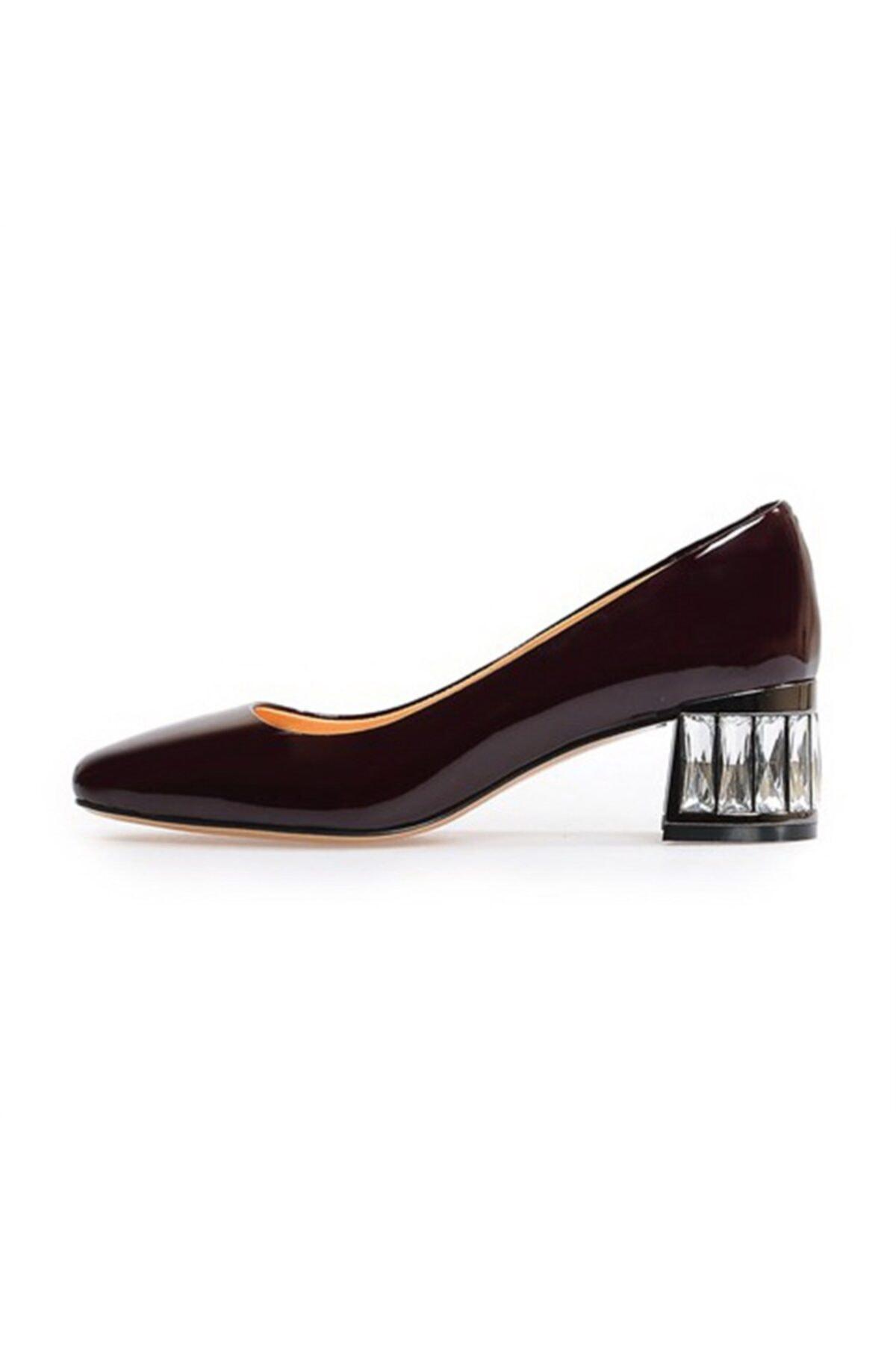 Flower Bordo Taş Detaylı Kalın Topuklu Ayakkabı 1