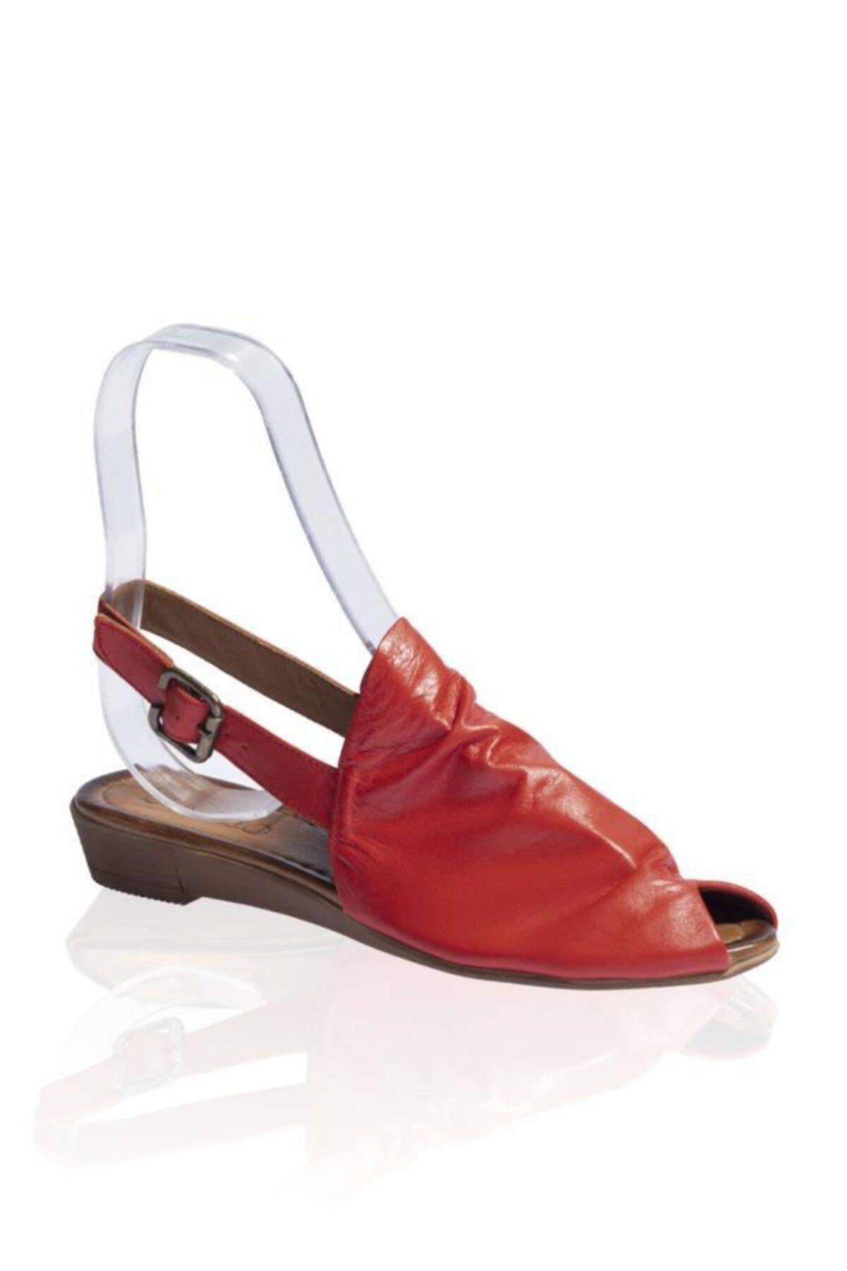 BUENO Shoes Kemerli Hakiki Deri Kadın Düz Sandalet 9n7205 1