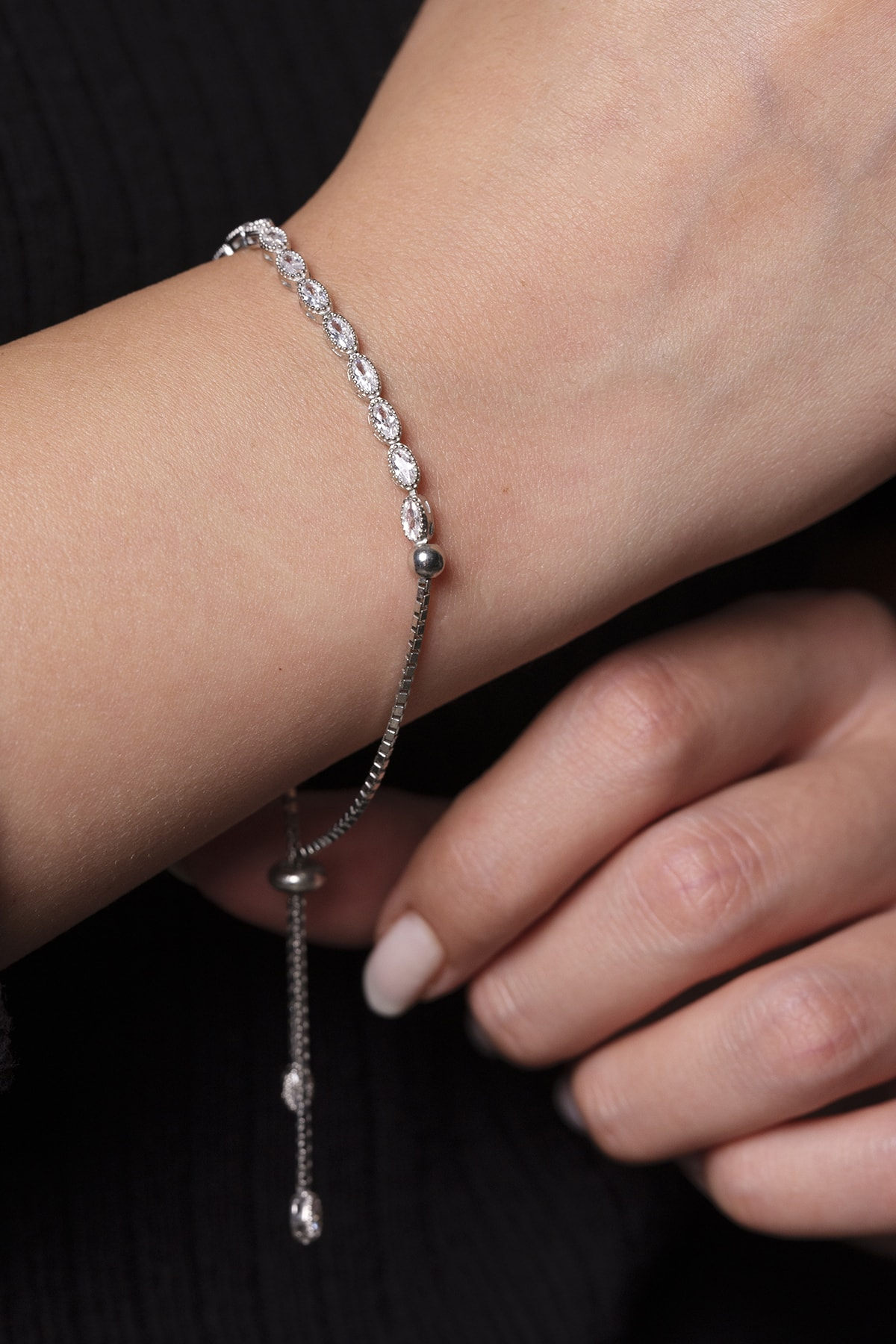 925 Gümüş Gümüş Kadın Bilekliği Badem Baget Su Yolu 1