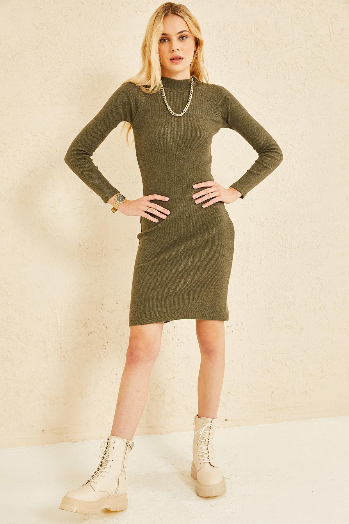 oshebu Dik Yaka Triko Elbise 2