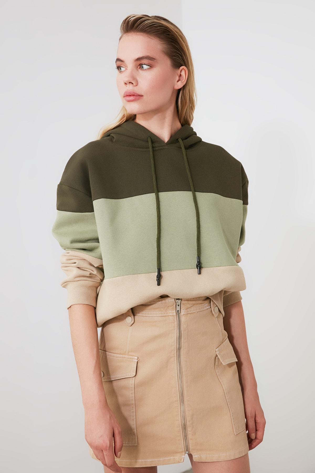TRENDYOLMİLLA Haki Renk Bloklu Şardonlu Basic Örme Sweatshirt TWOAW20SW0792 1