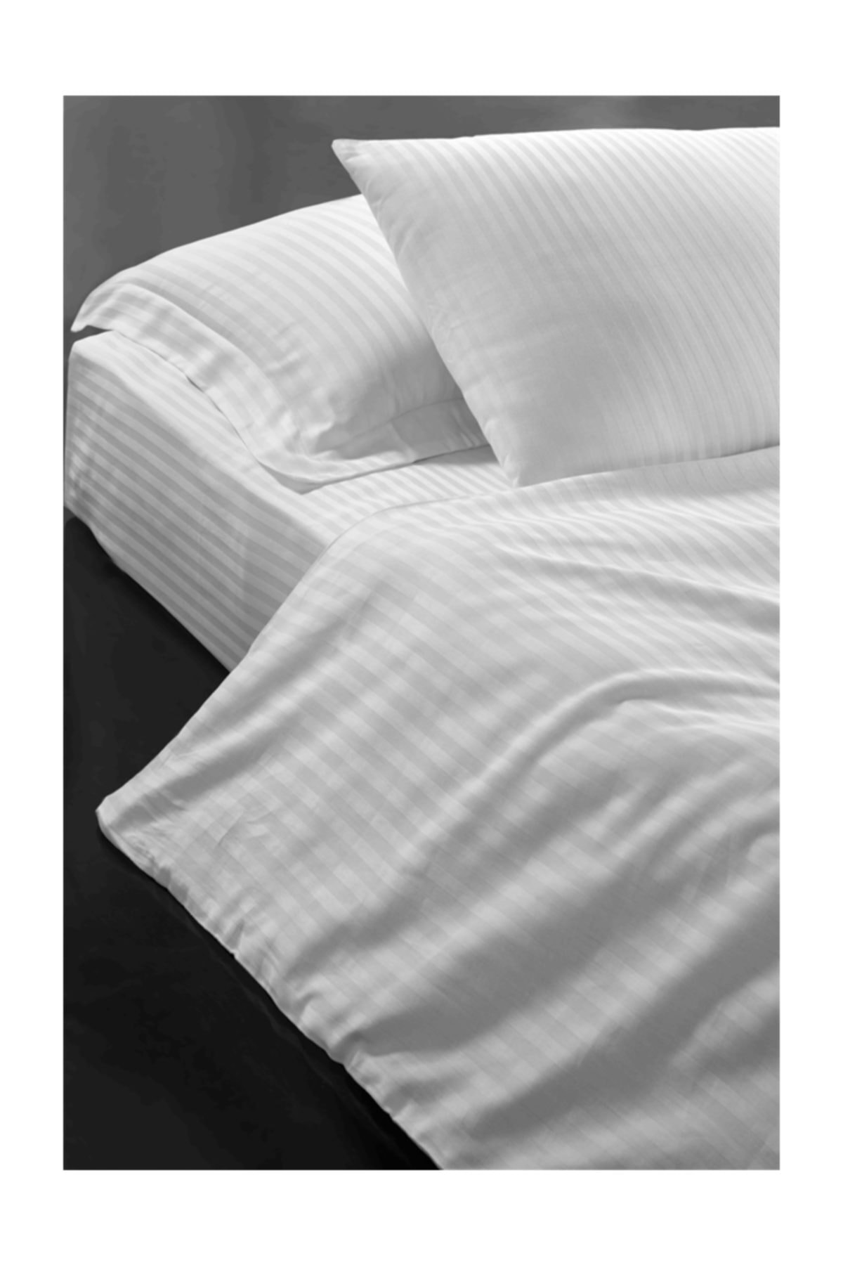 VAROL Zeus Serisi Otel Nevresimi (Yorgan Kılıfı) 200x220 83 Tel 1