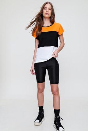 Trend Alaçatı Stili Kadın Oranj Renk Bloklu Yanı Yırtmaçlı Bluz ALC-X6030