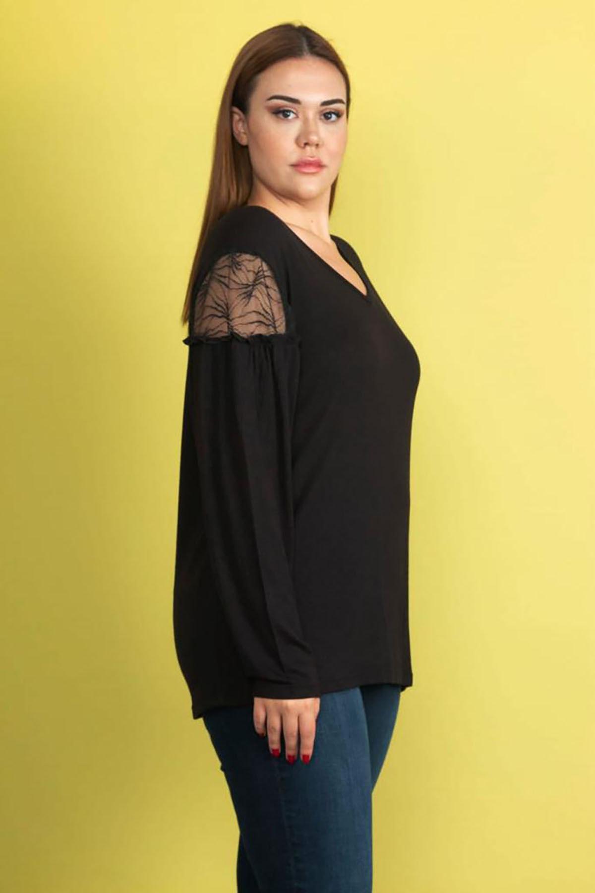 Şans Kadın Siyah Dantel Detaylı Omuz Büzgülü Viskon Bluz 65N22015 2